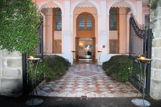 Недвижимость в Неаполе - купить! Цены на жилье, каталог